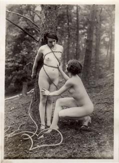 Ostra_forest_bondage