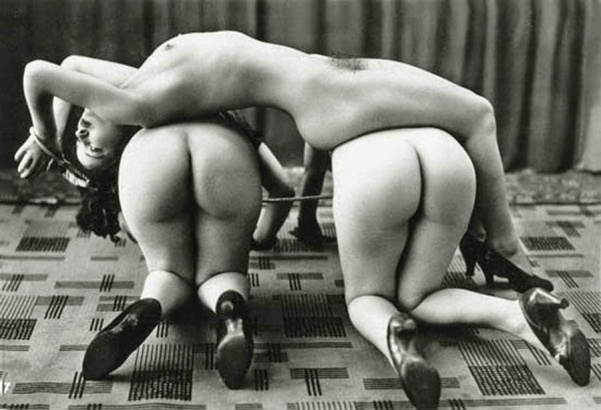 Ostra_Three_naked_women